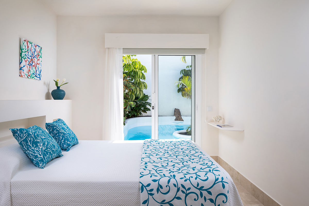 Dormitorio de matrimonio pequeño. Villa Bahiazul.